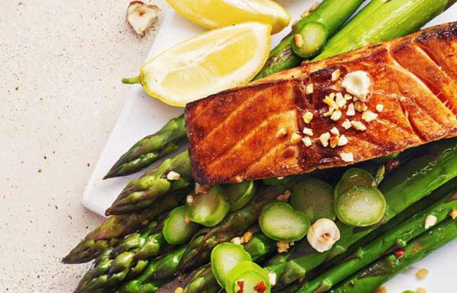 Tư vấn chế độ ăn kiêng giảm cân lành mạnh dành cho những ai có tiền sử cao huyết áp2