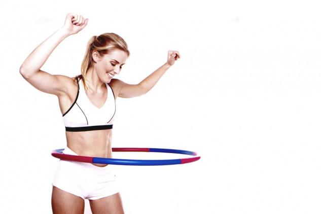 Tư vấn bí quyết cách lắc vòng đúng cách giúp người tập giảm mỡ bụng triệt để7