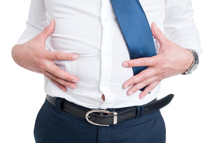 Nguyên nhân khiến tình trạng mỡ bụng giới văn phòng ngày càng nặng