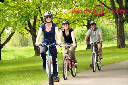 phương pháp giảm mỡ bụng hiệu quả bằng đạp xe