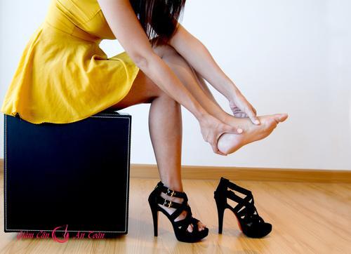 Ảnh hưởng sức khỏe của đôi giày cao gót-phần 3