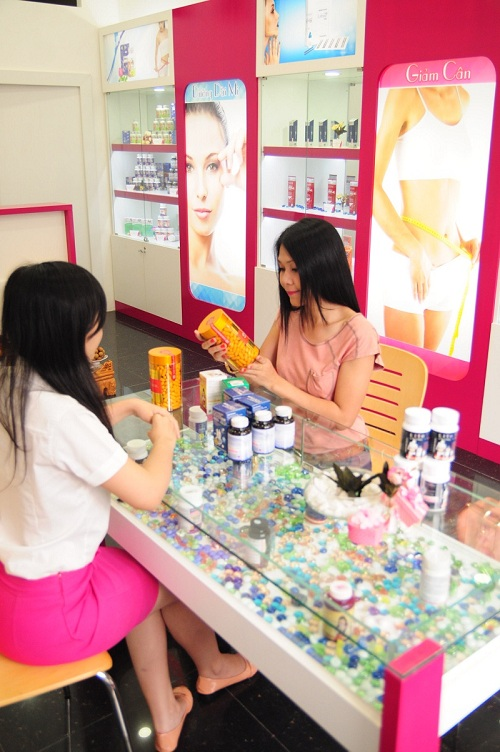 Người mẫu Đinh Y Nhung rất quan tâm đến các sản phẩm chăm sóc sắc đẹp