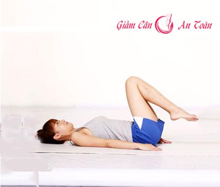 Đôi chân thon gọn với bài tập yoga-phần 3