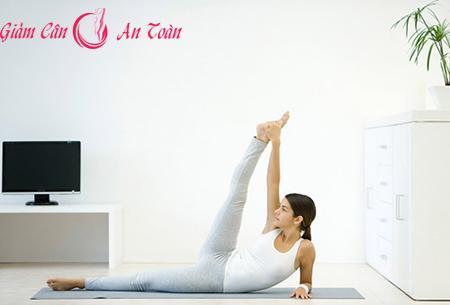 Đôi chân thon gọn với bài tập yoga-phần 5