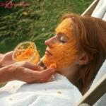 Làn da mịn màng với mặt nạ collagen