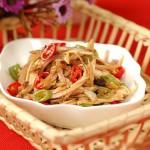 Làm salad thịt gà cho thực đơn giảm cân thêm hấp dẫn