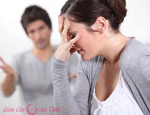 mệt mỏi vì cưới phải chồng hay ghen
