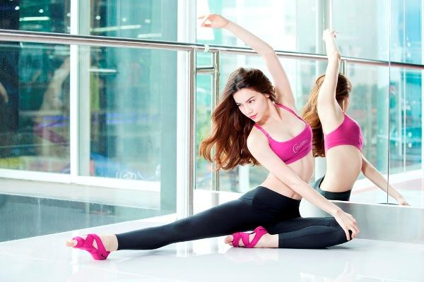 Luyen yoga va bam huyet de tri benh tri co huu hieu khong