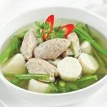 Giảm cân ngon lành và lạ miệng hơn với món canh khoai sọ rau muống