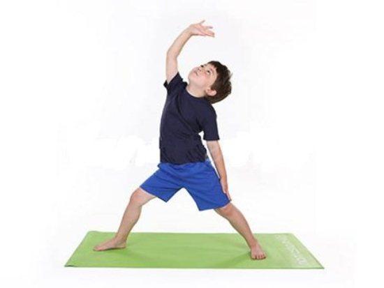 giam-can-va-cham-soc-suc-khoe-moi-ngay-voi-mot-so-dong-tac-yoga-don-gian-4