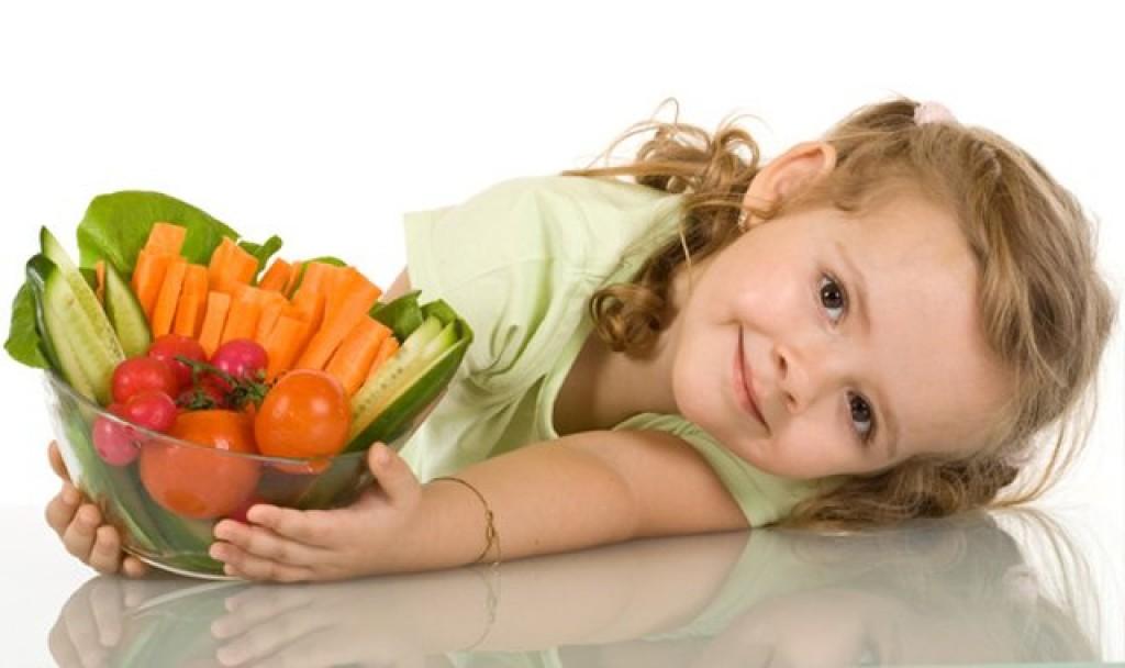 Tạo thói quen cho trẻ ăn đúng giờ đúng giấc