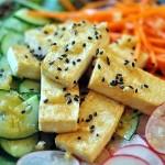 Hướng dẫn cách chế biến món salad đậu hũ dưa chuột giúp giảm cân nhanh