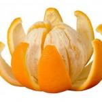 Mức vỏ cam mật ong- món ăn giảm cân cho ngày lạnh
