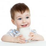 Những điều lưu ý khi cho bé dùng sữa bột