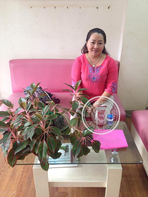 Chị Xuân Trang - Khách hàng mua sản phẩm Slim Fit và Gel tan mỡ Eveline