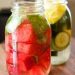 Tự pha những thức uống vừa thanh lọc vừa giảm cân tuyệt vời từ dưa hấu