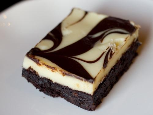 Học cách làm bánh cheese cake brownie hấp dẫn