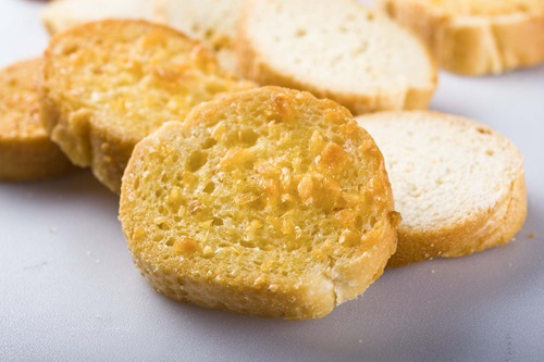 Học cách làm bánh mì nướng hấp dẫn cho ngày cuối tuần