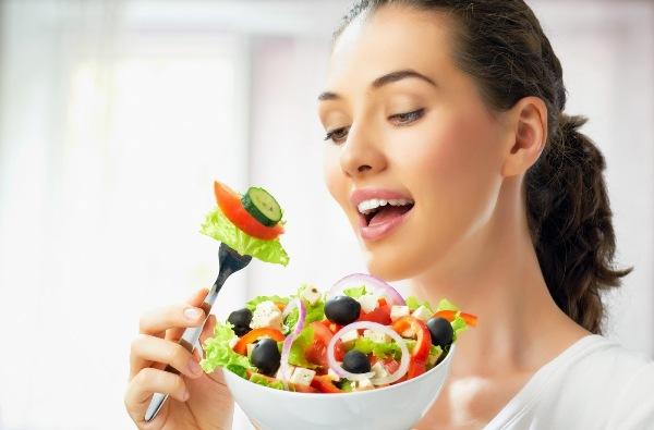 Kiểm soát tốt lượng thức ăn trong mỗi bữa ăn