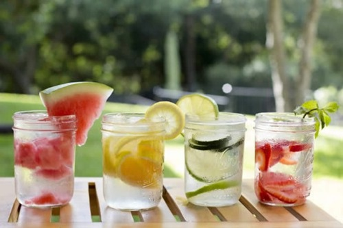 Các loại thức uống vừa giải độc cơ thể vừa giảm cân từ quả chua
