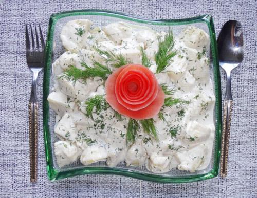 bua-toi-giam-can-hap-dan-voi-mon-salad-khoai-tay-4