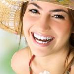 Làm trắng răng nhanh chóng và đơn giản tại nhà với dầu dừa