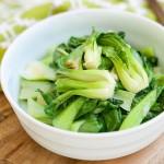 Bữa trưa ngon miệng với món cải thìa xào giúp giảm cân