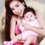 Bí quyết giảm cân sau sinh khoe dáng vóc nuột nà của Elly Trần