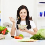 Chế độ dinh dưỡng giúp giảm cân cho phụ nữ sau sinh và cho con bú