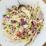 Giảm cân mát lạnh với món salad sữa chua