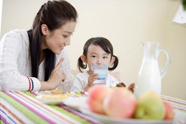 Uống sữa đúng cách giúp giảm cân một cách tự nhiên7