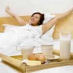 Điểm danh những thói quen xấu làm mẹ bỉm sữa giảm cân mãi vẫn thất bại