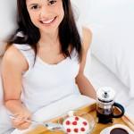 Giảm cân sau sinh hiệu quả nhờ áp dụng đúng nguyên tắc dinh dưỡng
