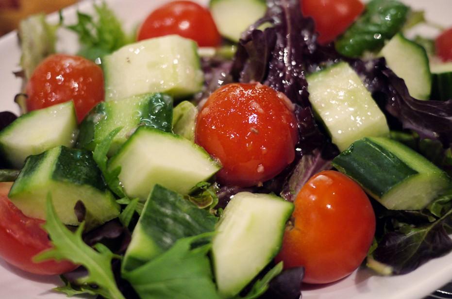 Tư vấn 2 món salad rau quả giúp giải nhiệt ngày hè   5