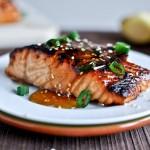Cá hồi nướng sốt gừng, mè và mật ong giúp giảm béo hiệu quả