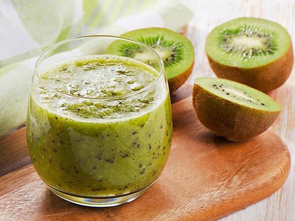 Sinh tố kiwi đơn giản mà hiệu quả.