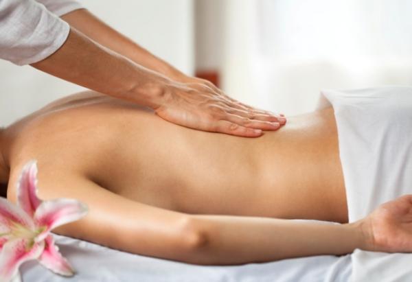 Massage sẽ giúp các cơ của bạn thoải mái hơn.