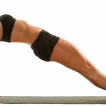Top 6 bài tập yoga giúp chị em cải thiện nhanh vùng eo và bụng