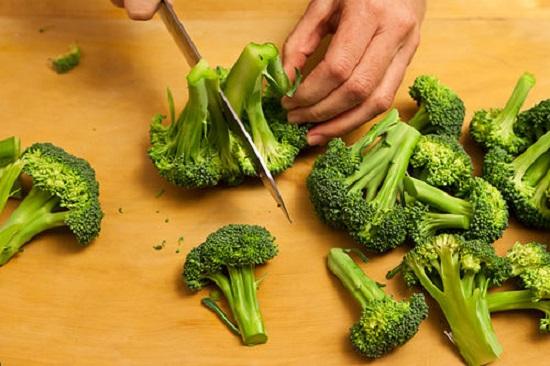 Bật mí cách giảm cân, phòng ngừa ung thư với các món ăn từ súp lơ xanh8