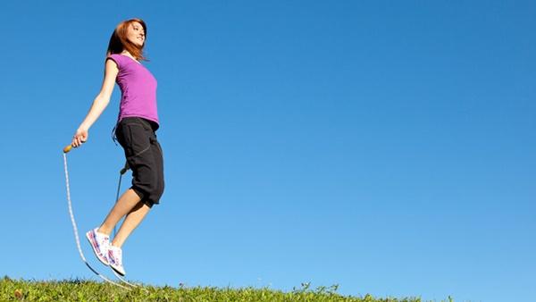 Bật mí 5 động tác đơn giản giúp người tập đẩy lùi mỡ thừa hữu hiệu3