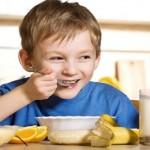 Tư vấn thực đơn ăn uống lành mạnh giúp trẻ giảm cân an toàn
