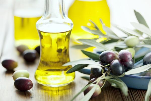 Cách giảm cân nhanh bằng cách đưa dầu oliu vào chế độ ăn kiêng giảm cân8