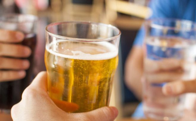 Có loại thuốc giảm cân nào giảm cân kể cả khi uống bia không?6