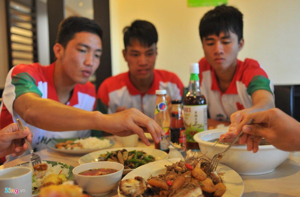 Học các chàng trai U23 Việt Nam để có thân hình rắn chắc3